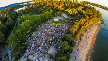 "HEADS UP | 1980s Classic ""Pretty In Pink"" Screening Outdoors In Stanley Park Tonight"