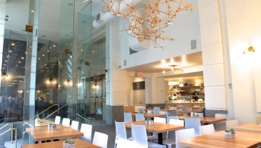 """DINER   New """"Tractor Marine"""" Eatery Opens At The Foot Of The Art Deco Marine Building"""