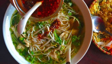 "AWESOME THING WE ATE #950 | Rainy Day Pho Ga At Hastings-Sunrise's ""Mr. Red Cafe"""