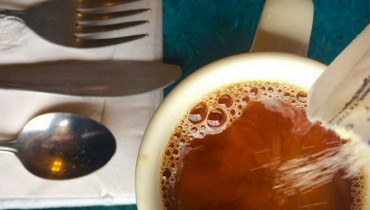 INTELLIGENCE BRIEFS | On Corporate Coffee, Fluffy Burgers, And Gratuitous Tipping Points