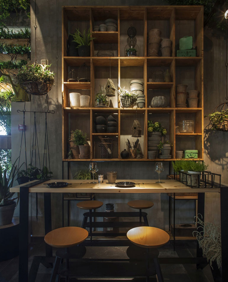 Dig This Israeli Eatery With Live Herbs