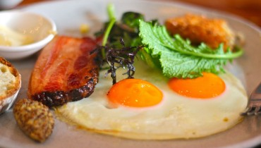 DINER | 7 Vancouver Restaurants That Serve Up Ridiculously Delicious Weekend Brunches