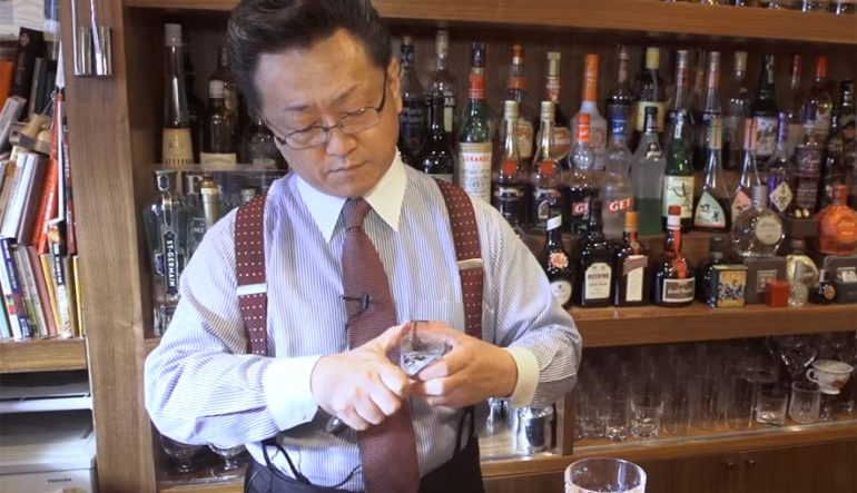 SMOKE BREAK #1160 | Making Ice Diamonds With An Old School Cocktail Master In Tokyo