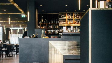 RESTAURANT PORN | Munich's Brassy Herzog Bar Would Fit The Foot Of Our Marine Building