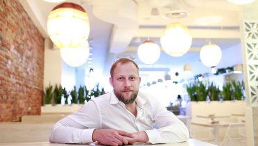 GOODS | Acclaimed, Michelin-Starred Chef Stefan Hartmann To Join 'Tacofino' Brigade